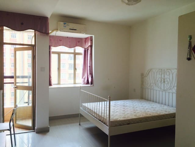 Exclusive Bachelor Apartment - Huizhou  - Flat