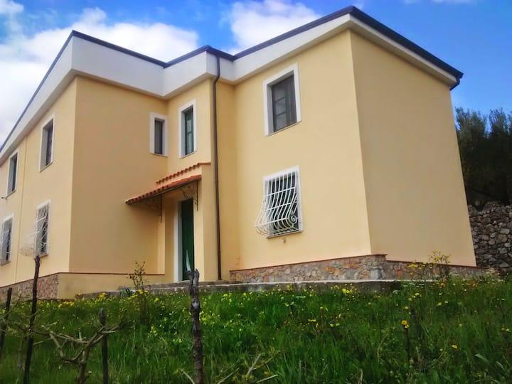 Villa Rosa a 3,5 km dal mare