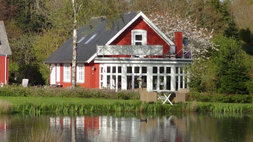 "Romantic ""Katholt"" near Juelsminde. - Barrit - Hus"