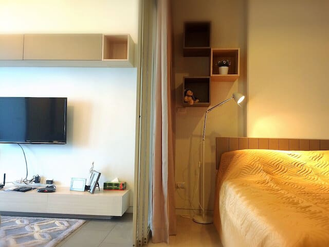 1BR-FREE Wifi,Pool,Gym@BTS Ari