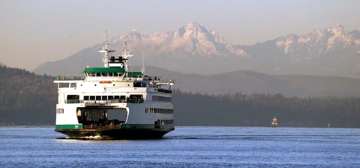 Ferry to Bremerton with Olympic Mountain