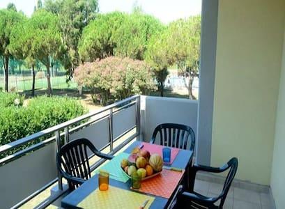 Bilocale 4 posti letto # 18 - Luni Mare - Apartment