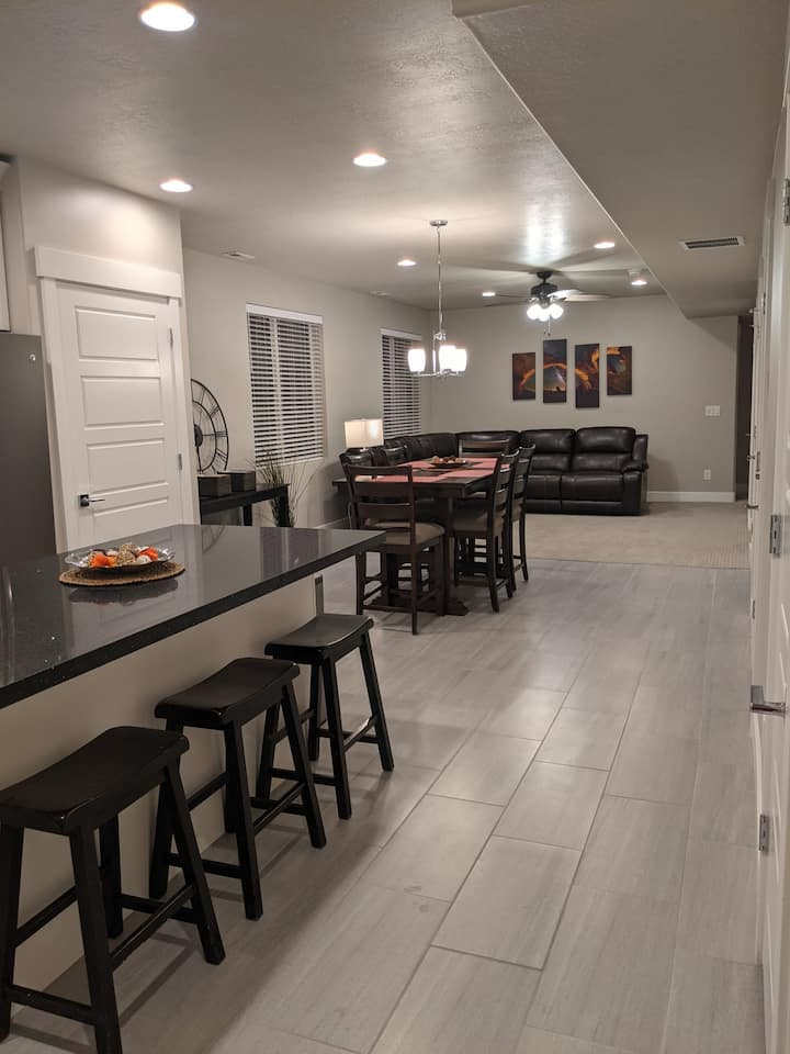 New Basement Apt in Riverton