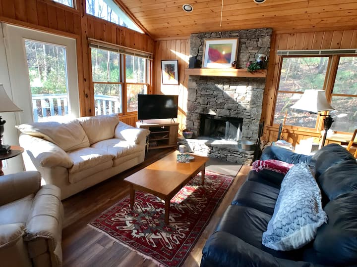 Peaceful Month in Mountain Cabin