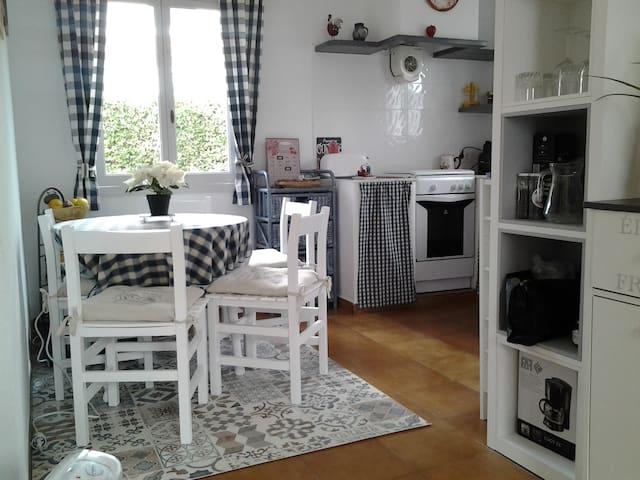 charmante maison minorquaine - Ciutadella de Menorca - Huis