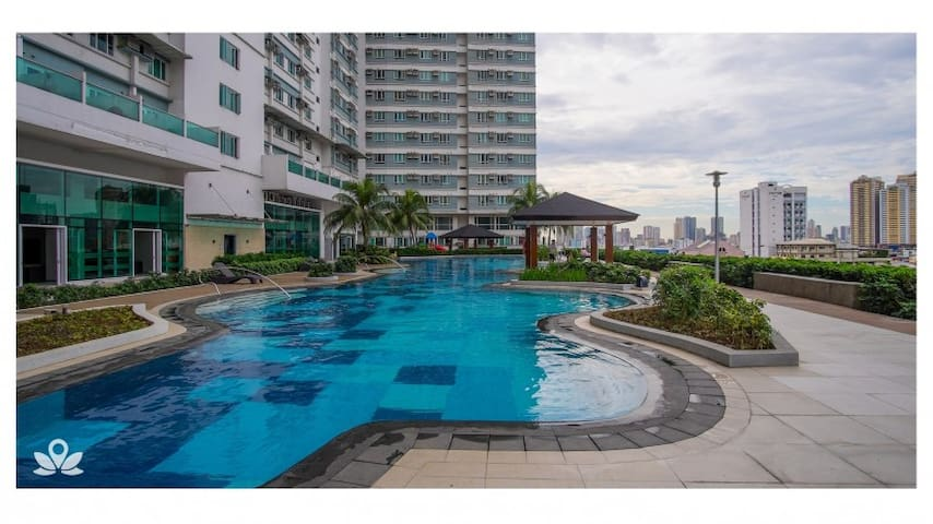 PROMO Studio Unit Beacon Makati (CBD) Wifi | Pool