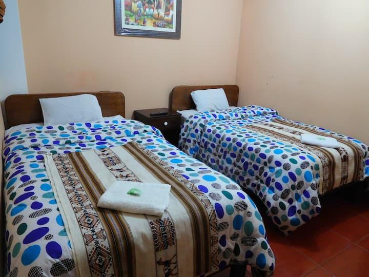 Habitación doble/sol naciente hostal/Machu Picchu
