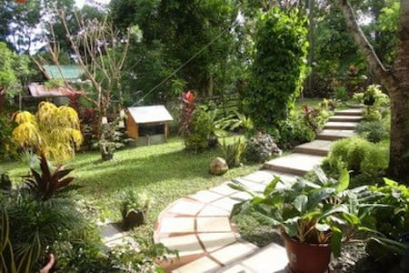 Heartwarming Philippines Home Stay Experience - House