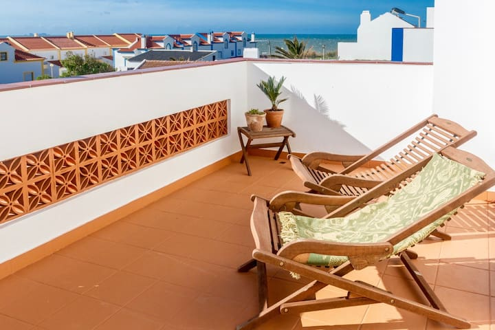 Red Rock Beach House, Baleal Beach - Ferrel - House