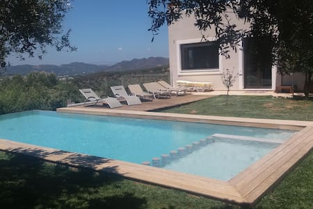 220m2 villa, full view, big private pool - Chania