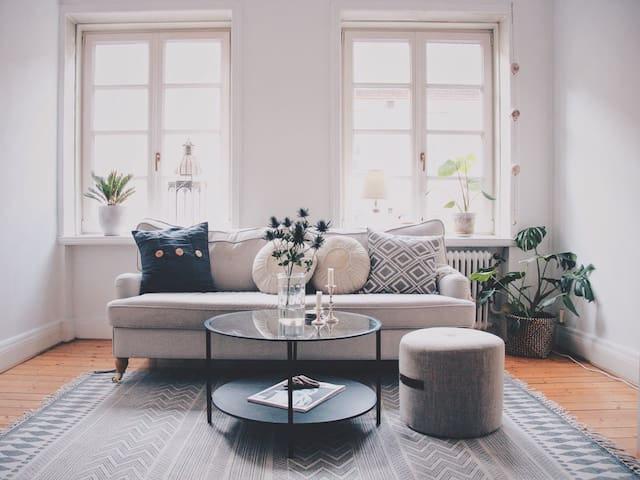 Charming and beautiful apartment in central Malmö - Malmö - Apartamento