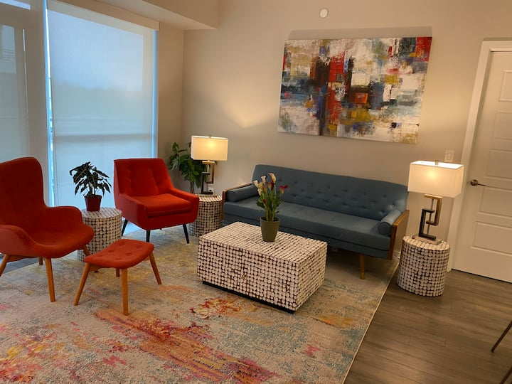 Stylish getaway condo, resort living