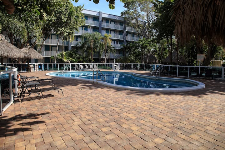 Fort Lauderdale Grand -Suite 2 DoubleBed City