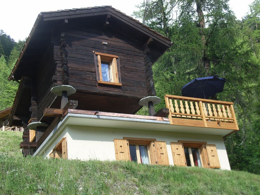 Romantic chalet in the summer