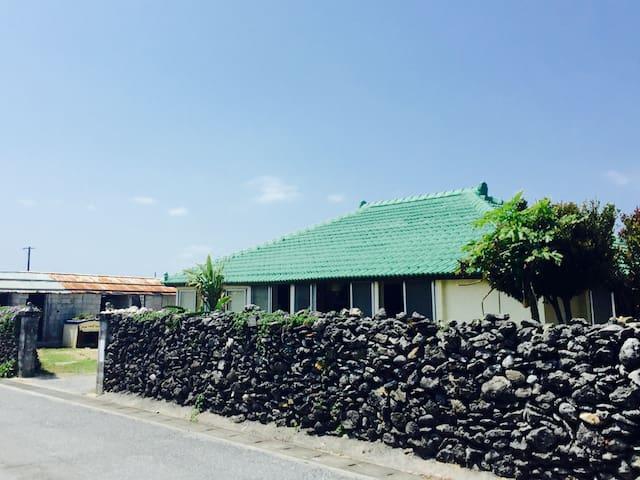 IZENA island homestay guest house yonna :)