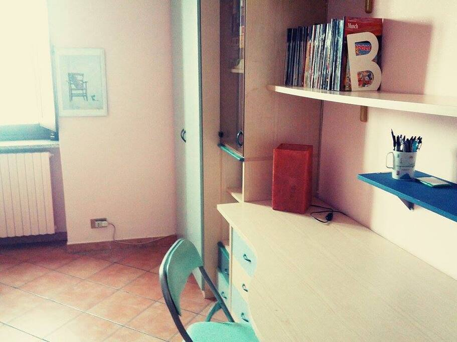 Camera da letto - scrivania