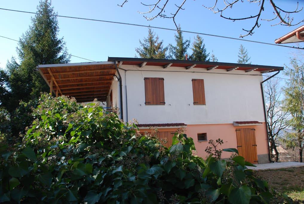Casa singola a due piani