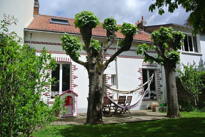 House with garden in Nantes - Nantes - Hus