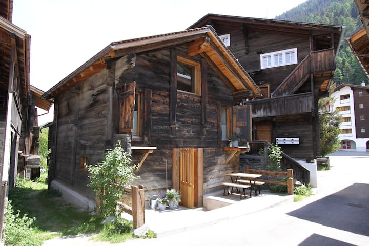 Converted Barn in the middle of Ernen