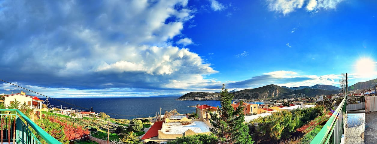 2 STOREY BEACH HOUSE - ΚΑΚΗ ΘΑΛΑΣΣΑ ΚΕΡΑΤΕΑΣ - Dům