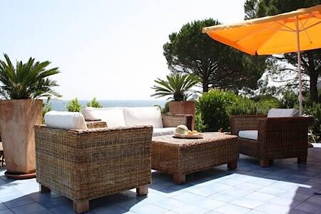 Villa fronte mare - Lu Impostu