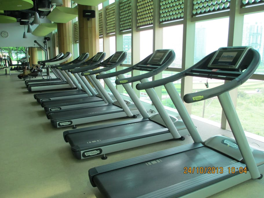 Technogym equipment - open from 5:30am to 10:00pm.