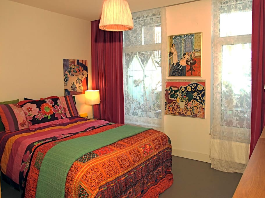 Flowerhouse b b in the museum area chambres d 39 h tes for Chambre d hotes amsterdam