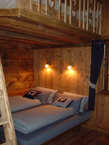 Cosy traditional room