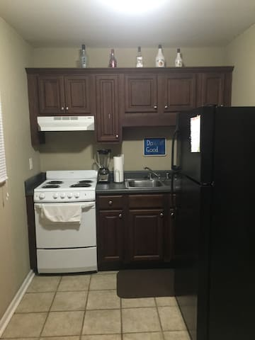 3 blocks from Bryant-Denny - Tuscaloosa - Apartamento
