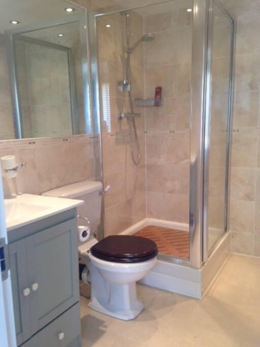 Own en-suit bathroom