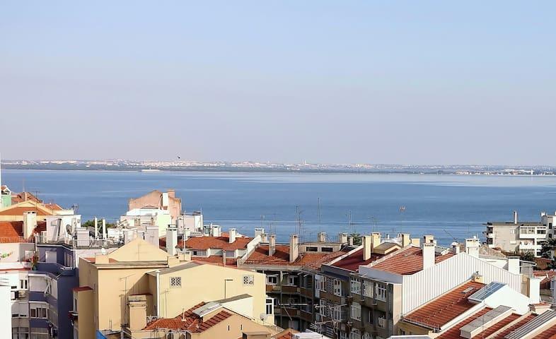 Seagull Tagus Flat, zona historica - Lisboa - Graça