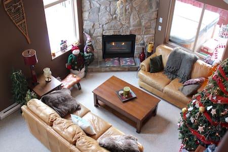 Big White Ski Resort Chalet - Beaverdell