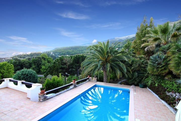 South of France Villa  Pool, Sea & Mountain Views