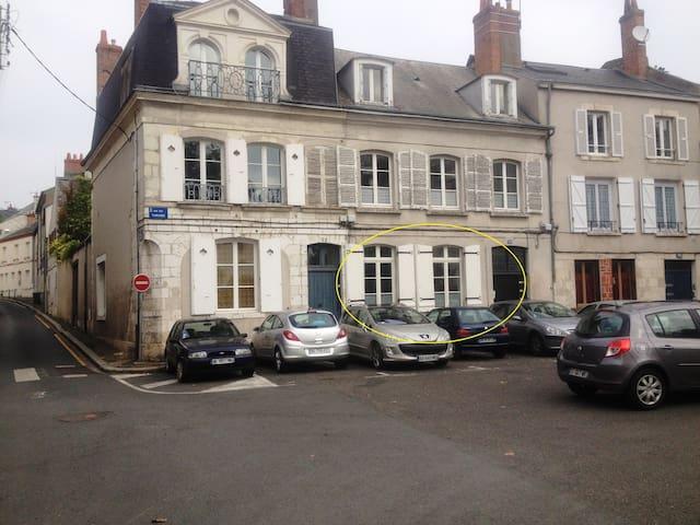 T3 - centre ville - bord de Loire - Orléans - Casa