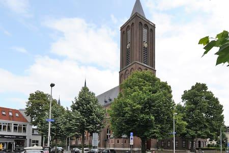 Prachtig loft in monumentale kerk - Bussum