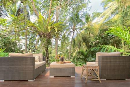 Luxe Ubud Villa, view & garden