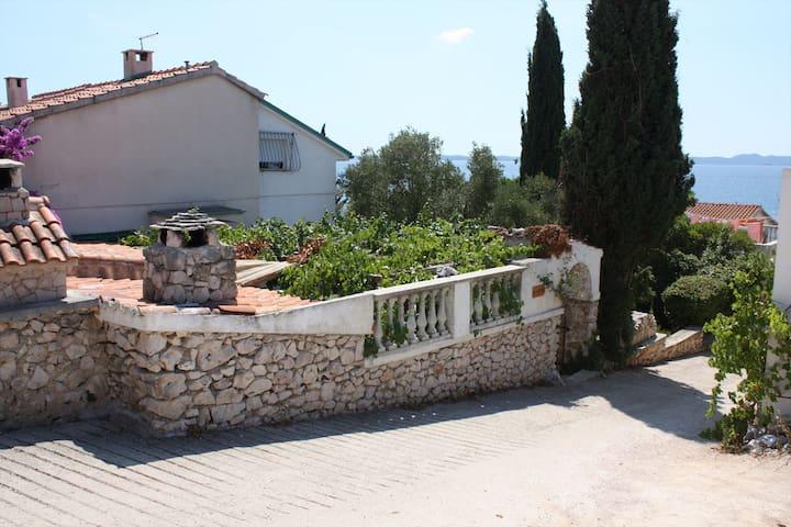 Stone house, mediterranean garden. - Pašman, Ždrelac - Dům