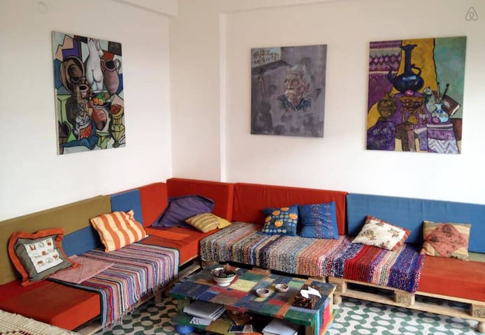 Cozy Artistic flat-2 (Private room) - Beirut