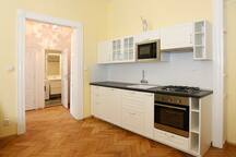 ApartmentPstrossova,nationalTheatre