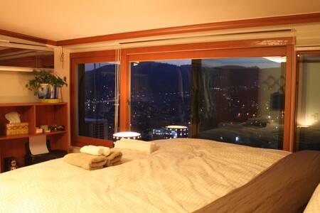3BDR 2bath Great Mountain/City View - Seongbuk-gu