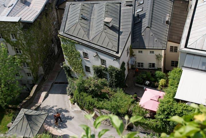 Living at Kapuzinerberg - Top 3 - Salzburg - Appartement