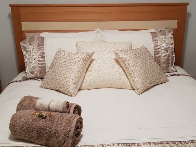 1 or 2 Bedrooms - quiet, clean, comfortable.