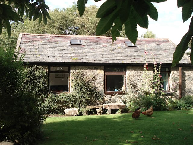 Anglesey holiday cottage - Dwyran
