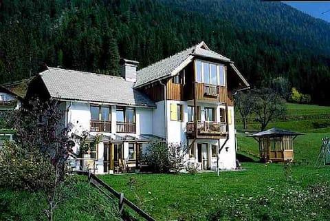 Haus CasaLi am Weissensee - Balkonwohnung