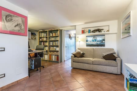 Cozy & renovated basement in villa - Assago - Vila