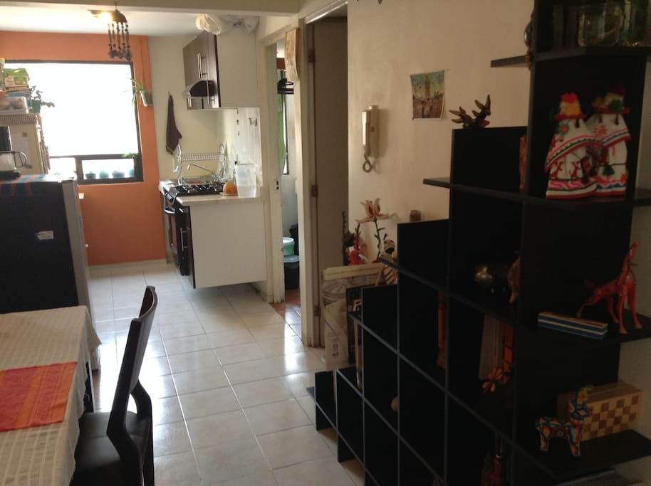cocina completa: refrigerador, estufa