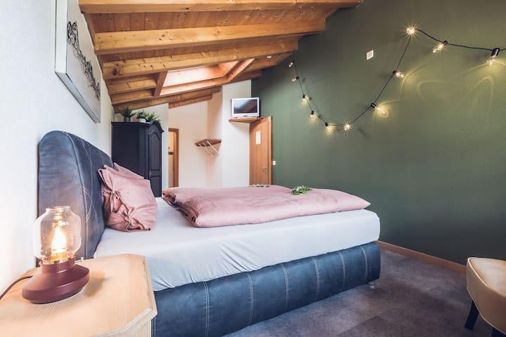 Green Room_Gasthaus Gletscherschlucht Grindelwald