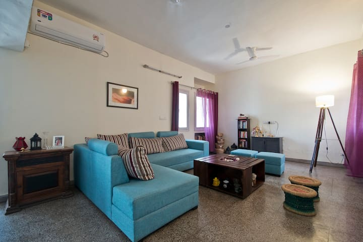 Private room in the City Center, Vasant Kunj - New Delhi - Apartment