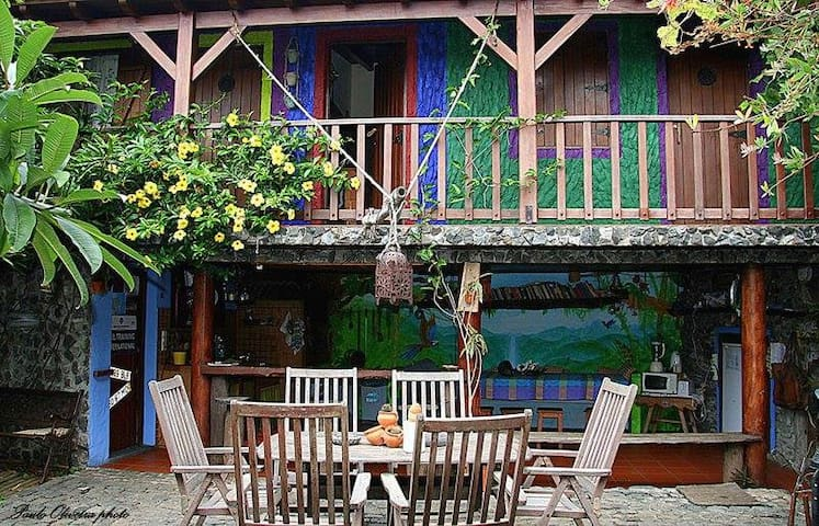 Maktub Guest House- 1 private room