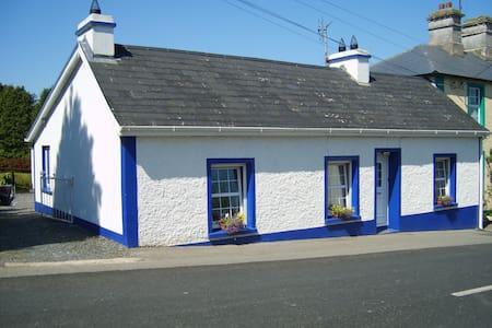 Village Cottage, Bawnboy, Cavan - Ballyconnell - Bungalow